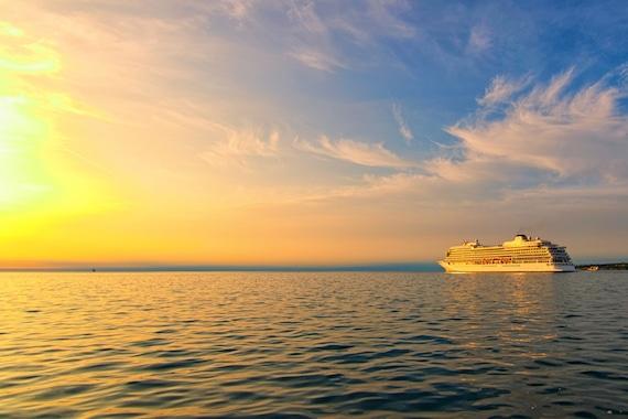 passenger medevac from cruise ship