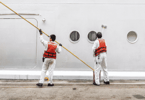 can crewmembers sue carnival cruise line for injuries